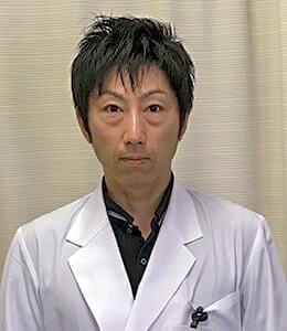 整形外科医長 中島基成